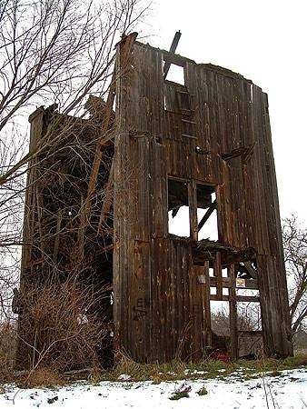 Ruiny wiatraka w Łęgu
