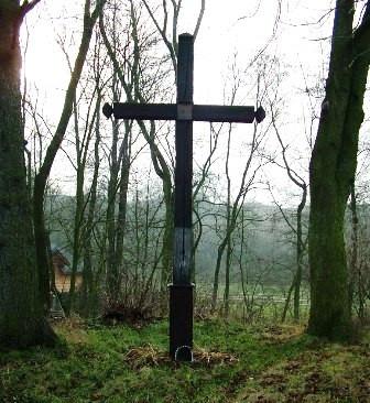 Krzyż przy młynie