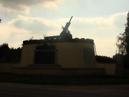 A354- Cmentarz Wojskowy koło Cybinki.