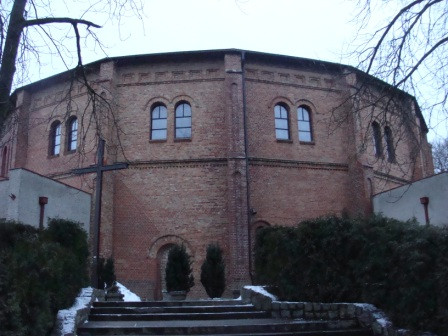 A194- Wieża ciśnień Pomorzany - Kościół.