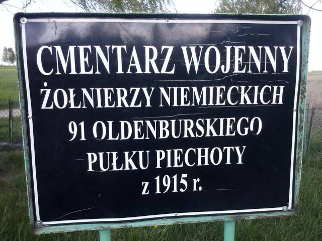 Nowa Wola - cmentarze wojenne