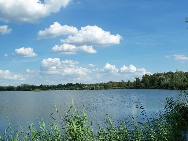 Nad jeziorem (K-02)