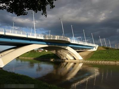 Most zamkowy .(07)